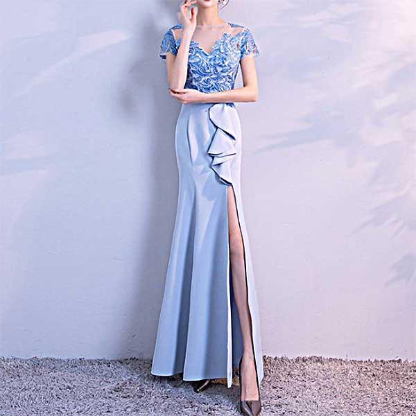 ブルーロングドレス